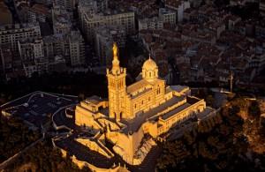 Достопримечательность Марселя - базилика Нотр-Дам-де-ла-Гард