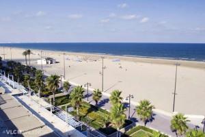 отдыхаем на чистых пляжах Валенсии