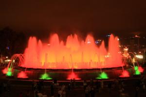 шоу поющих фонтанов Барселоны