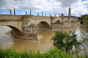 Львиный мост (Каменный мост) в Сарагосе