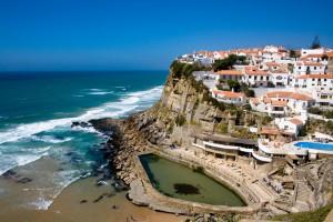 Когда лучше отдыхать в Португалии